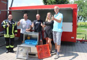 von li. Nach re. Wehrfüher Jahn Köhler FWG: Günther Weber Hans-Jürgen Didier , Martina und Stephan Gärtner